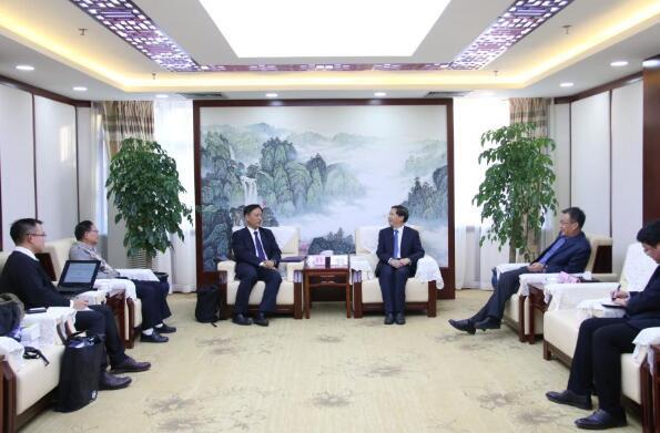 台湾中华两岸科技交流促进会理事长黄富琮一行参访北科院